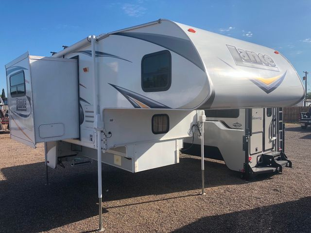 2010 Lance 992   in Surprise-Mesa-Phoenix AZ