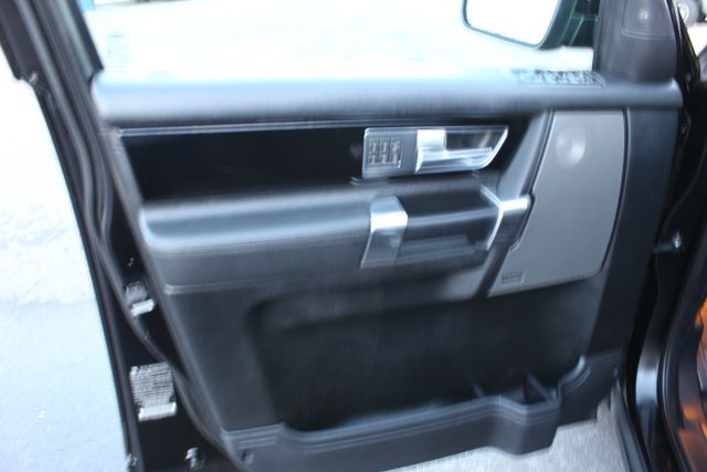 2010 Land Rover LR4 LUX WITH A LOT OF SERVICE RECORDS in Woodland Hills, CA 91367