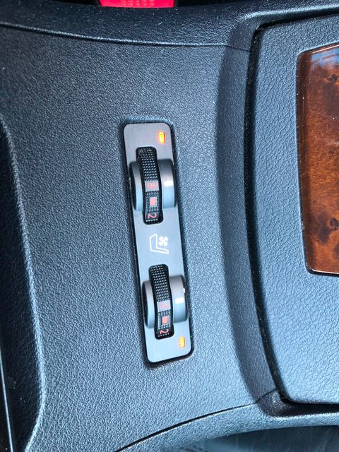 2010 Lexus ES 350 Maple Grove, Minnesota 23