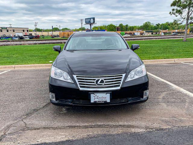 2010 Lexus ES 350 Osseo, Minnesota 4