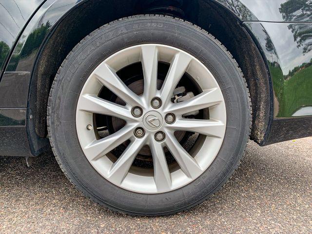 2010 Lexus ES 350 Osseo, Minnesota 37
