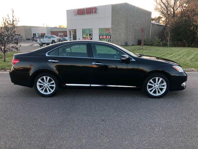 2010 Lexus ES 350 Osseo, Minnesota 3