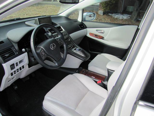 2010 Lexus HS 250h Premium St. Louis, Missouri 4