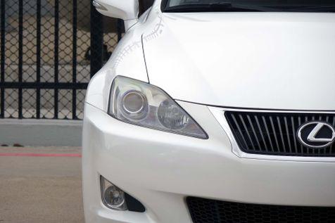 2010 Lexus IS 250 Navigation*Sunroof* BU Cam* EZ Finance**   Plano, TX   Carrick's Autos in Plano, TX