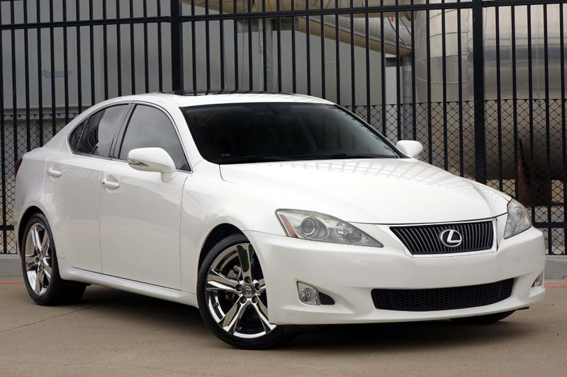 2010 Lexus IS 250 Navigation*Sunroof* BU Cam* EZ Finance**   Plano, TX   Carrick's Autos in Plano TX