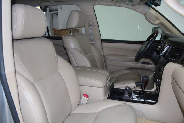 2010 Lexus LX 570 Houston, Texas 28