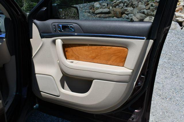 2010 Lincoln MKS AWD Naugatuck, Connecticut 12
