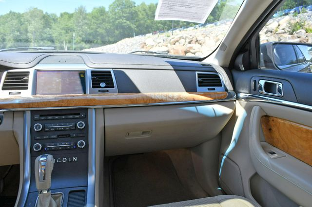 2010 Lincoln MKS AWD Naugatuck, Connecticut 19