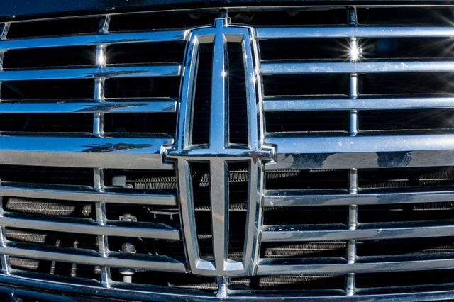 2010 Lincoln Navigator Reseda, CA 56