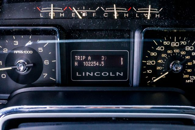 2010 Lincoln Navigator Reseda, CA 16