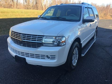 2010 Lincoln Navigator  special Edition in West Springfield, MA