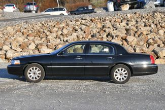 2010 Lincoln Town Car Signature Limited Naugatuck, Connecticut 1