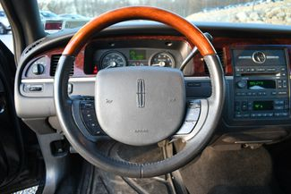 2010 Lincoln Town Car Signature Limited Naugatuck, Connecticut 18
