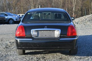 2010 Lincoln Town Car Signature Limited Naugatuck, Connecticut 3