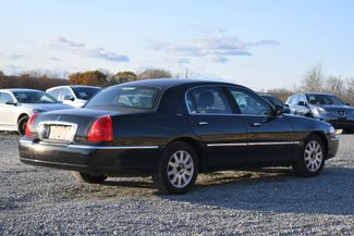 2010 Lincoln Town Car Signature Limited Naugatuck, Connecticut 4