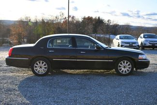 2010 Lincoln Town Car Signature Limited Naugatuck, Connecticut 5