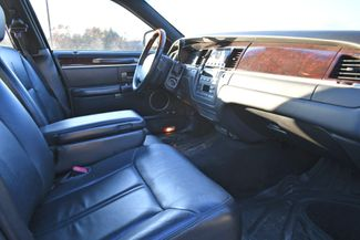 2010 Lincoln Town Car Signature Limited Naugatuck, Connecticut 8
