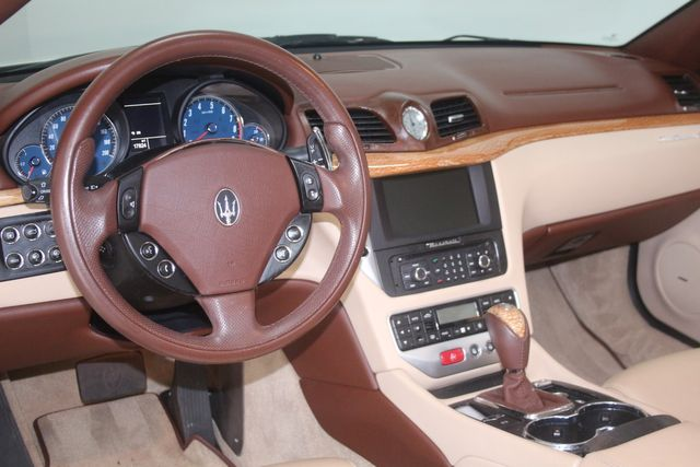 2010 Maserati GranTurismo Convertible Houston, Texas 17