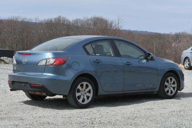 2010 Mazda Mazda3 i Sport Naugatuck, Connecticut 4