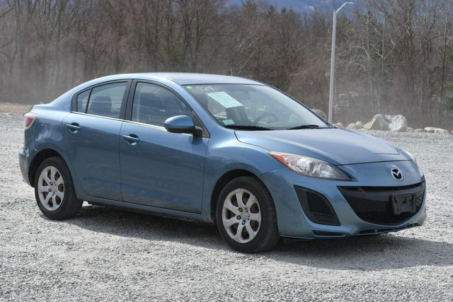 2010 Mazda Mazda3 i Sport Naugatuck, Connecticut 6