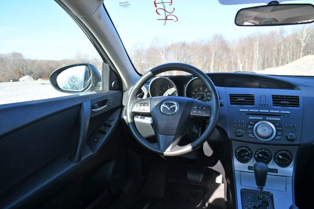 2010 Mazda Mazda3 i Touring Naugatuck, Connecticut 11