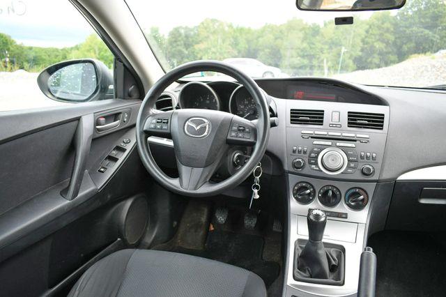 2010 Mazda Mazda3 i Touring Naugatuck, Connecticut 13