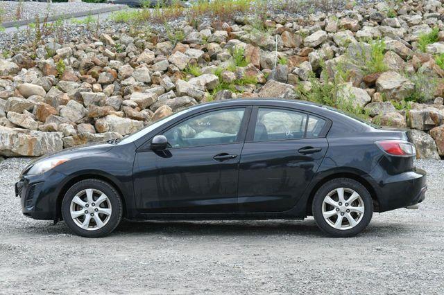 2010 Mazda Mazda3 i Touring Naugatuck, Connecticut 3