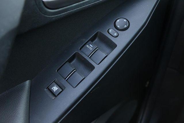 2010 Mazda Mazda3 i Touring Santa Clarita, CA 28