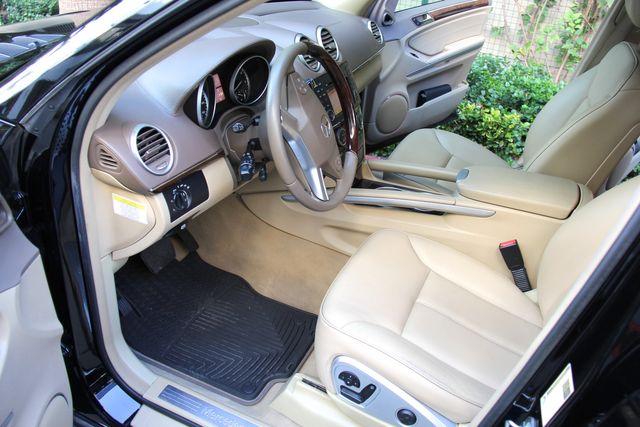 2010 Mercedes-Benz GL 450 in Reseda, CA, CA 91335
