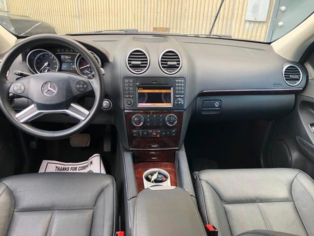 2010 Mercedes-Benz GL 550 550 4MATIC Leesburg, Virginia 10
