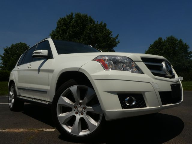 2010 Mercedes-Benz GLK 350 350 4MATIC Leesburg, Virginia 1