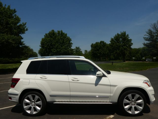 2010 Mercedes-Benz GLK 350 350 4MATIC Leesburg, Virginia 4