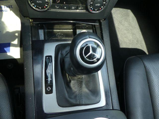 2010 Mercedes-Benz GLK 350 4MATIC Leesburg, Virginia 25