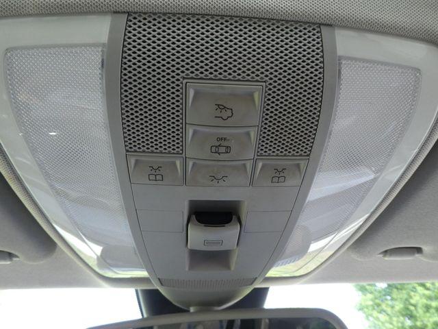 2010 Mercedes-Benz GLK 350 4MATIC Leesburg, Virginia 26