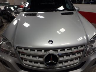2010 Mercedes Ml350 AWD, LOW MILES  W/ BACK UP CAMERA Saint Louis Park, MN 28