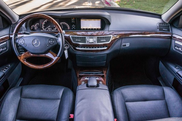 2010 Mercedes-Benz S 550 in Reseda, CA, CA 91335