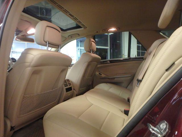 2010 Mercedes Ml 350 NICE COLOR, VERY CLEAN, 4-MATIC Saint Louis Park, MN 17