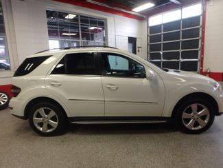 2010 Mercedes Ml350 4-Matic VERY SHARP, CLEAN AND  SOLID!~ Saint Louis Park, MN 1