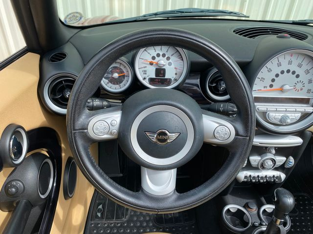2010 Mini Convertible in Jacksonville , FL 32246