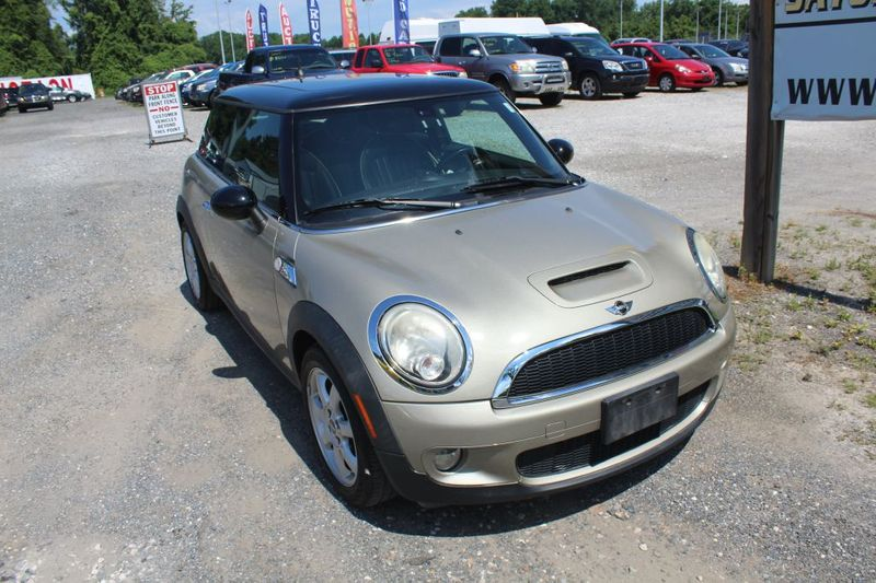 2010 Mini Hardtop S  city MD  South County Public Auto Auction  in Harwood, MD