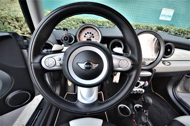 2010 Mini Hardtop S CAMDEN Reseda, CA 30