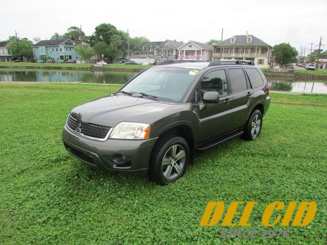 2010 Mitsubishi Endeavor SE in New Orleans, Louisiana 70119