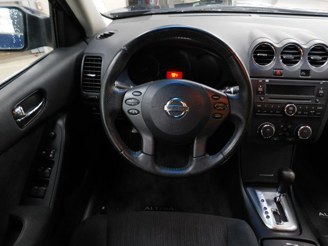 2010 Nissan Altima 2.5 S in Airport Motor Mile ( Metro Knoxville ), TN 37777