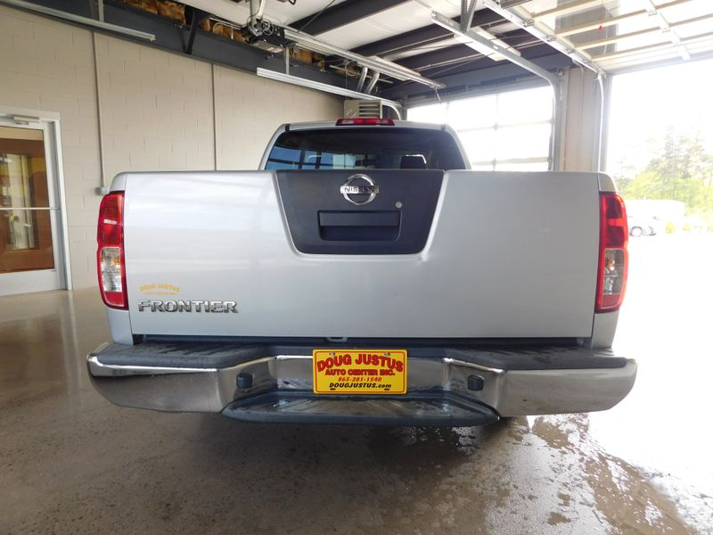 2010 Nissan Frontier XE  city TN  Doug Justus Auto Center Inc  in Airport Motor Mile ( Metro Knoxville ), TN