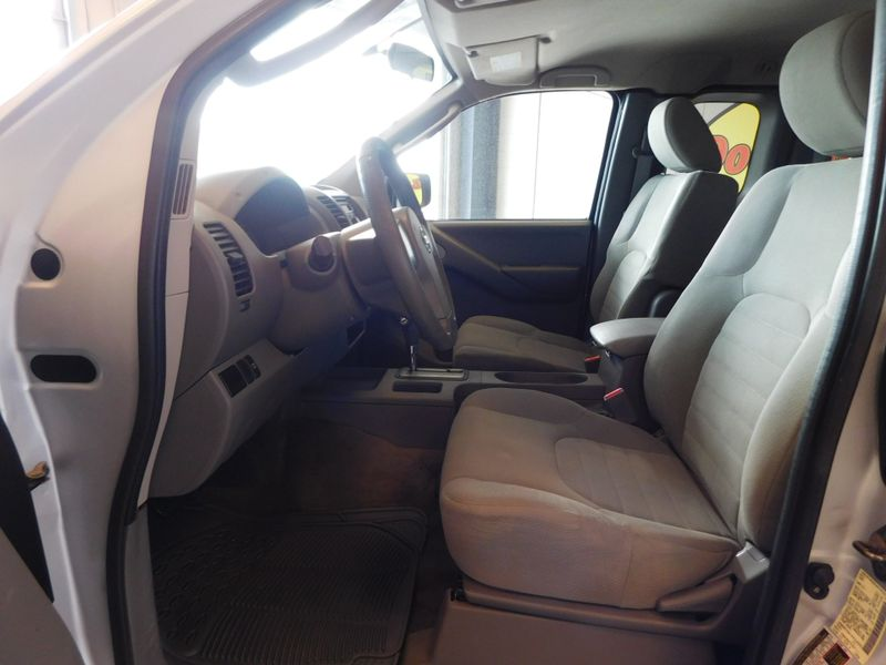 2010 Nissan Frontier XE  city TN  Doug Justus Auto Center Inc  in Airport Motor Mile ( Metro Knoxville ), TN