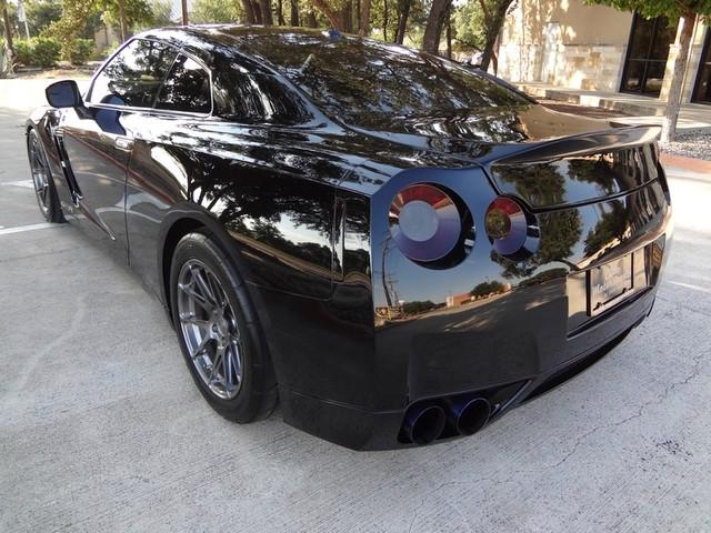 2010 Nissan GT-R Austin , Texas 3