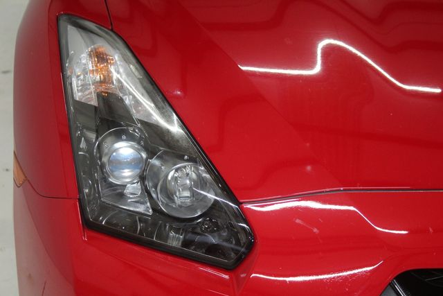 2010 Nissan GT-R Premium Houston, Texas 5