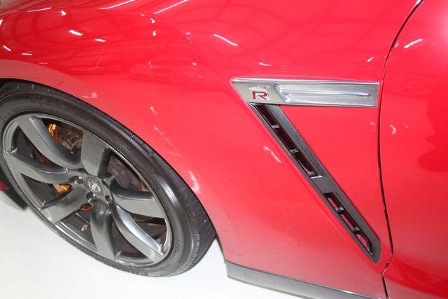 2010 Nissan GT-R Premium Houston, Texas 9