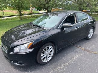 2010 Nissan Maxima SV in Knoxville, Tennessee 37920
