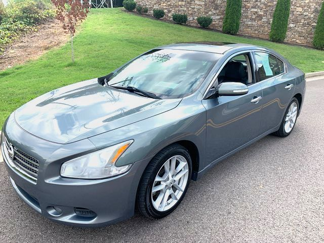 2010 Nissan- 1 Owner!! Carfax Clean!! Maxima-LOADED AND MINT SV